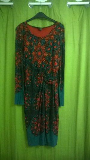 schönes, extravagantes Kleid von S.Oliver Gr 40