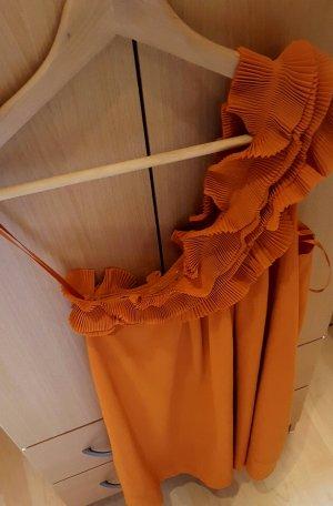 schönes farbenfrohes Kleid