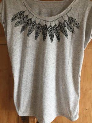 Schönes Federn T-Shirt