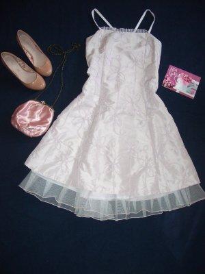 Schönes fliederfarbenes Abschlussballkleid Abendkleid NP 100€