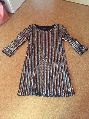 Schönes Glitzer Kleid