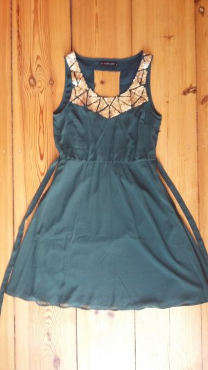 schönes, grünes Kleid von Even&Odd - neu