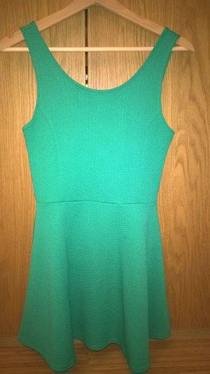Schönes grünes Kleid von H&M, Gr. S