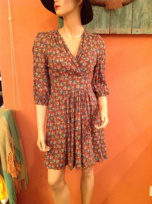 Schönes Halluber Kleid