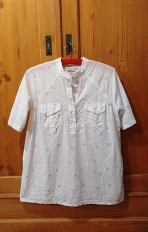 Schönes Hemd mit Blümenprint