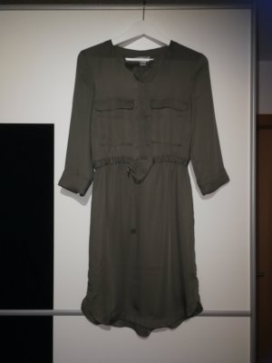 Schönes Hemdblusenkleid in Khaki