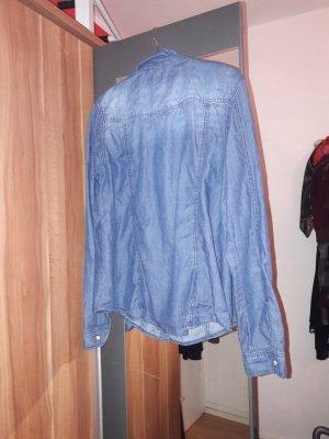 schönes Jeanshemd zu verkaufen