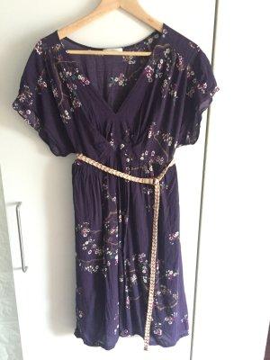Schönes Kleid ......