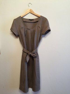 schönes Kleid aus Paris, hochwertig