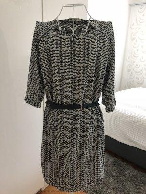 Schönes Kleid - blau/creme gemustert- Größe 40