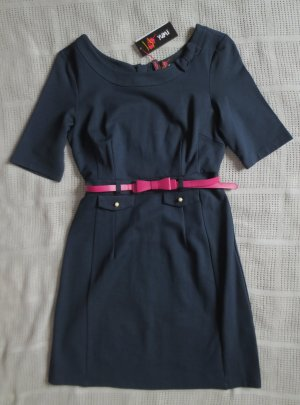 Schönes Kleid, dunkelblau, Gr. 36/38
