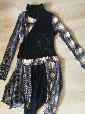 schönes Kleid für den Übergang und Winter