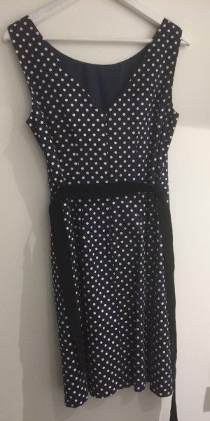 Schönes Kleid Gr 38