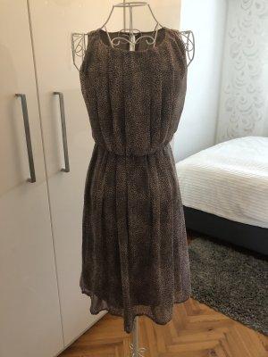 Schönes Kleid - Größe 38
