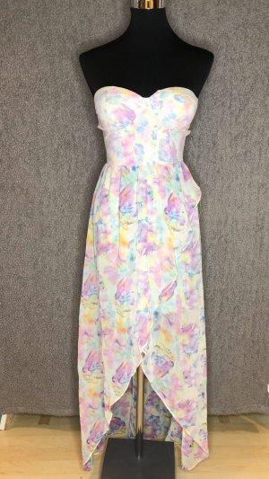 Schönes Kleid hinten lang vorne kurz