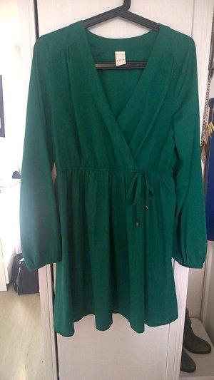 schönes Kleid in grün von Vila Gr.L