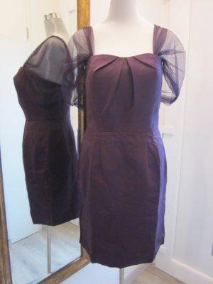Schönes Kleid in Lila/Violett mit zarten Tüll-Ärmelchen - Gr. 40 (42)