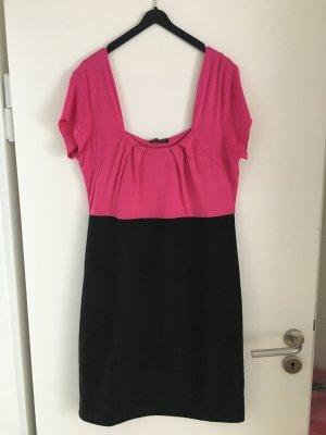 Schönes Kleid in schwarz/pink