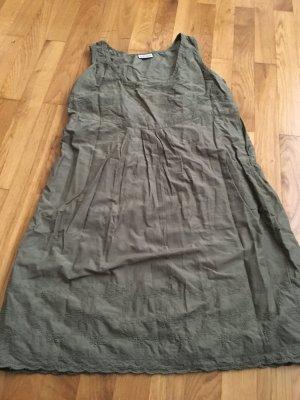 Schönes Kleid in tollem Grün von Street One