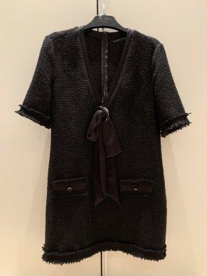 Schönes Kleid in Tweed Optik von ZARA