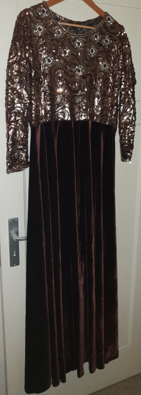 Schönes Kleid Kaftan
