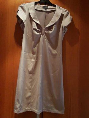 schönes Kleid , keine Mängel , kurzärmlig und passend für Büro und Abends