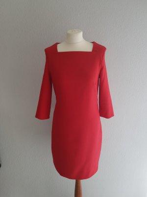 schönes Kleid mit 3/4 Ärmeln