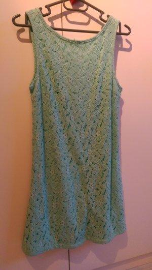 Schönes Kleid mit Spitze Mint