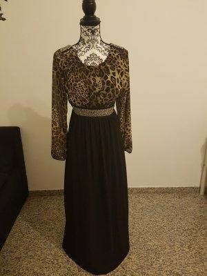 Schönes Kleid mit Steine