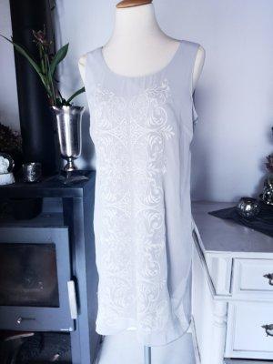 Schönes Kleid mit Stickerei von Promod Gr 38 Grau gestickt Midikleid Midi Dress grau weiß edel