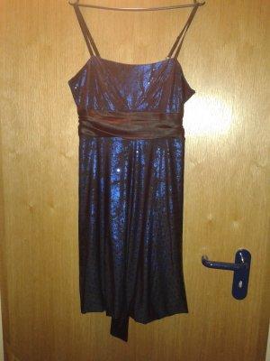 schönes Kleid ungetragen!