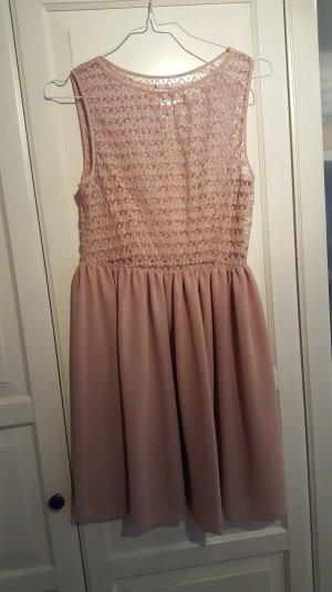 schönes Kleid von American Apparel