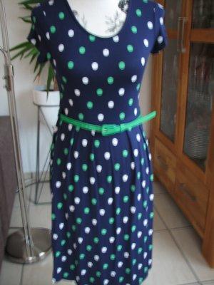 Schönes Kleid von Asos, Gr. 36