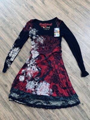 Schönes Kleid von Desigual