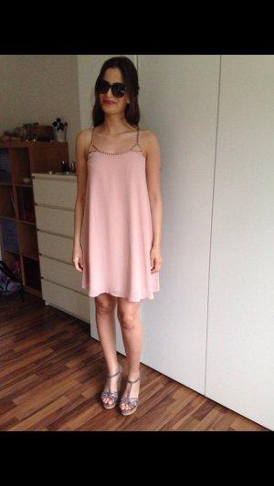 Schönes Kleid von Forever 21 neu