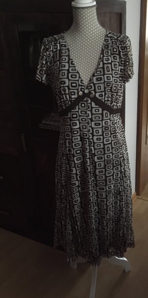 Schönes Kleid von MEXX