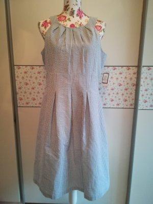 schönes Kleid von Nine West