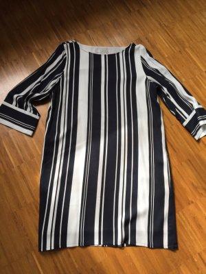 Schönes Kleid von Selected Femme, Gr 40