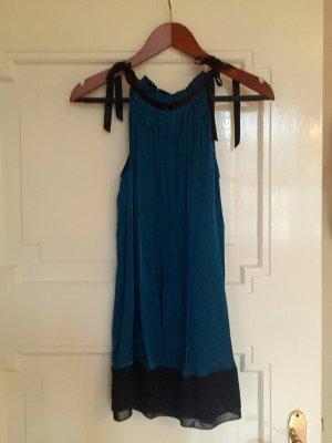 Schönes Kleid von Sisley