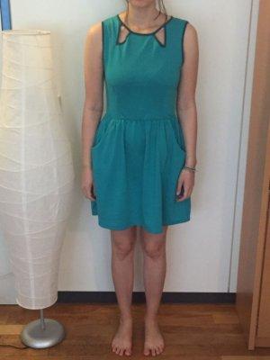 schönes Kleid von Springfield