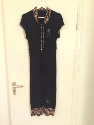 Schönes Kleid von Vive Maria