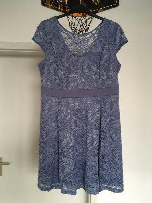 b.p.c. Bonprix Collection Vestido tejido azul claro