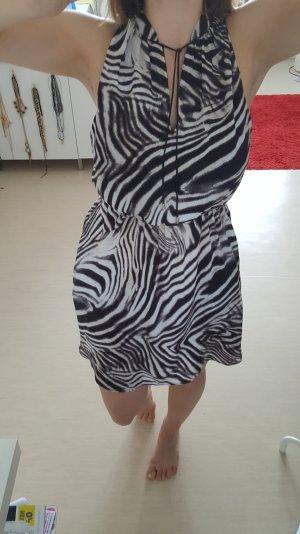 Schönes knielanges Kleid mit Tigerprint