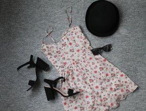 Schönes leichtes Sommerkleid mit Blumenmuster A-Linie