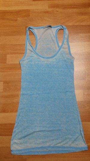 Schönes leichtes Top baby blau -weiß,gr. 36