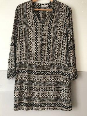 Schönes luftiges Kleid/Bluse
