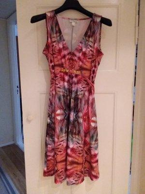 Schönes luftiges Sommerkleid, gr 42.