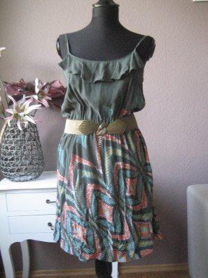Schönes luftiges Sommerkleid von Mango