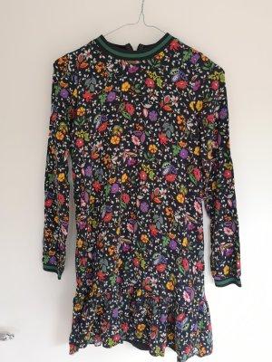 schönes Mini Kleid mit Schoßchen und Blumenmuster