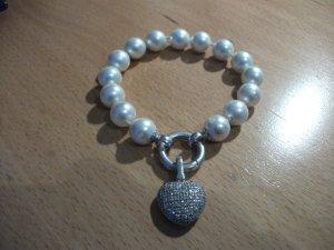 schönes Modeschmuck Armband mit Perlen + Herz Anhänger